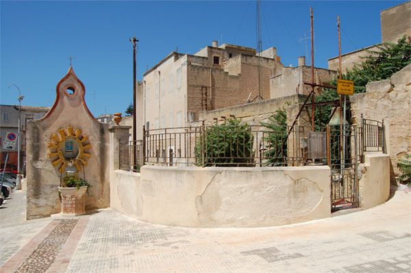 Santuario_Madonna_Della_Cava